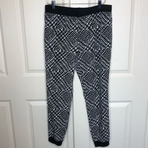 Tibi Pants & Jumpsuits - Tibi Joggers 6 Pants Black White Houndstooth Small